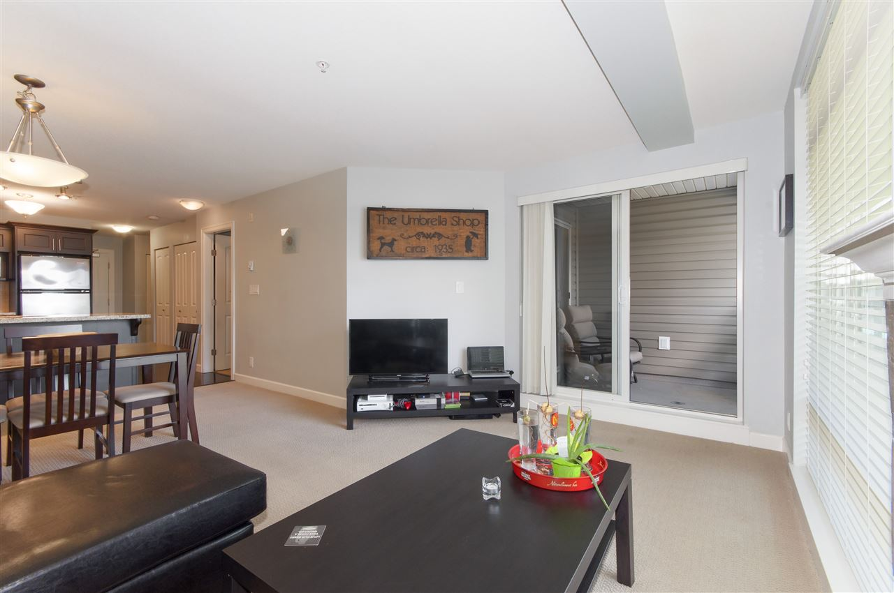 Photo 6: 206 3150 VINCENT Street in Port Coquitlam: Glenwood PQ Condo for sale : MLS(r) # R2176418