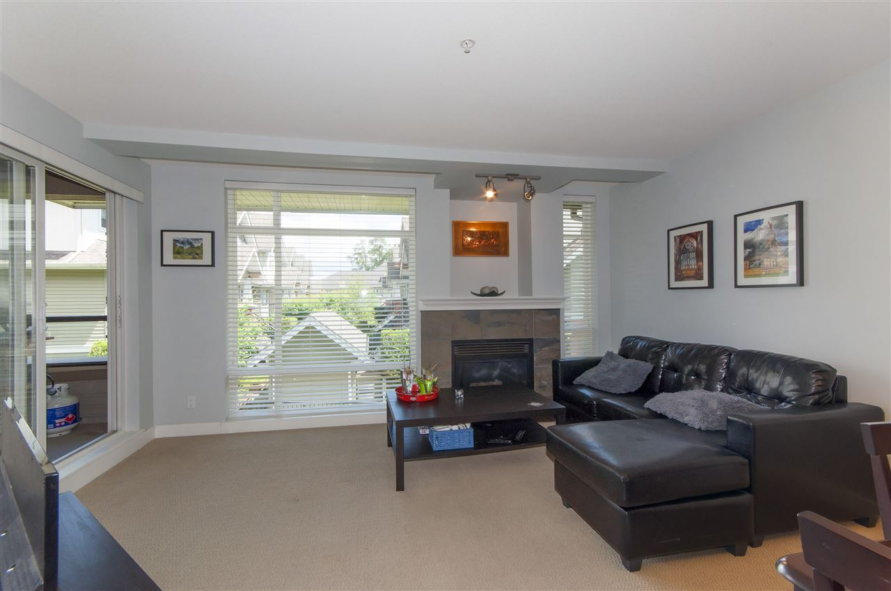 Photo 5: 206 3150 VINCENT Street in Port Coquitlam: Glenwood PQ Condo for sale : MLS(r) # R2176418
