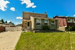 Main Photo: 447 Huffman Crescent NW in Edmonton: Zone 35 House for sale : MLS® # E4069818