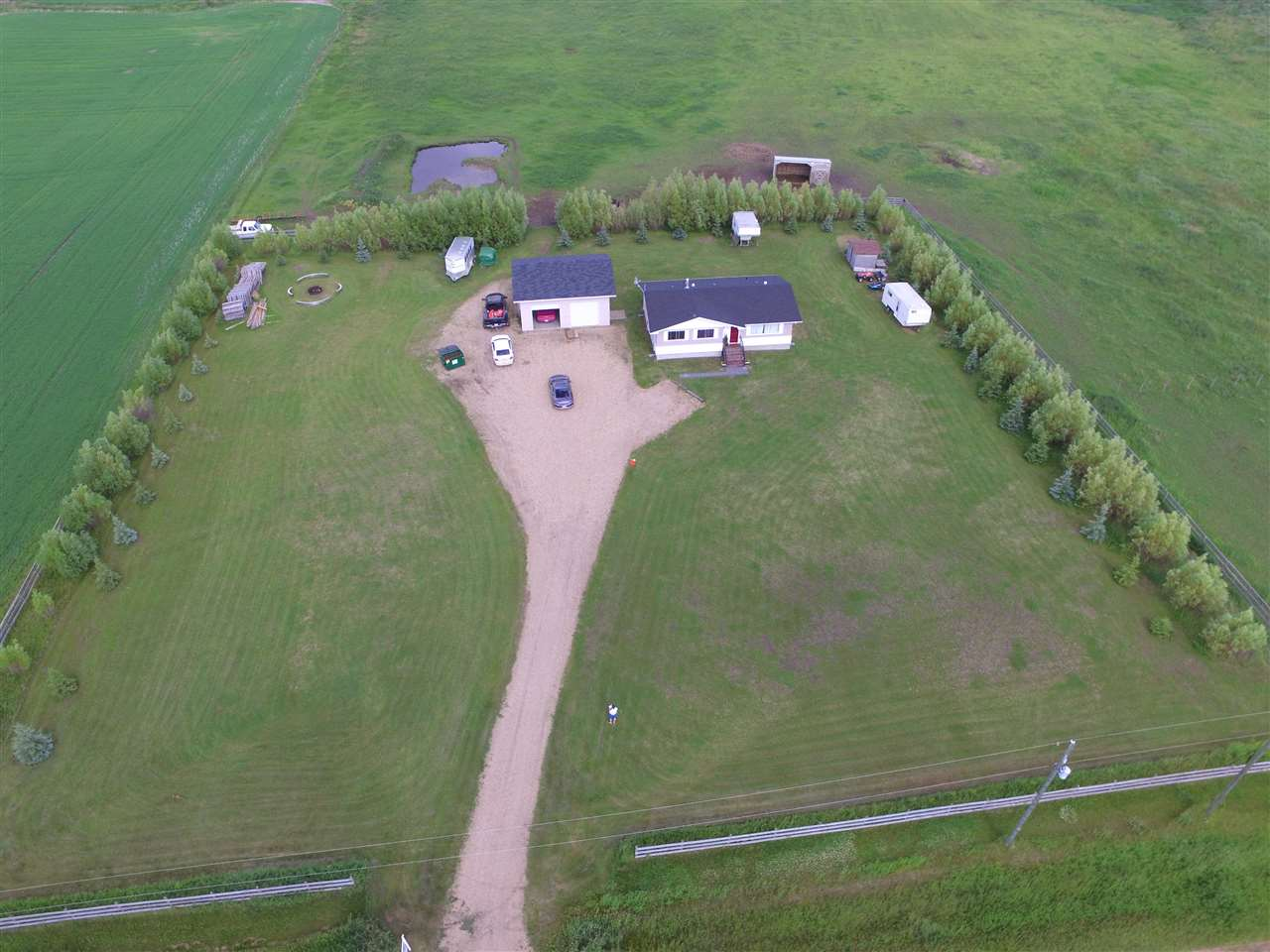 Main Photo: 57231 RR 261: Rural Sturgeon County House for sale : MLS® # E4071890