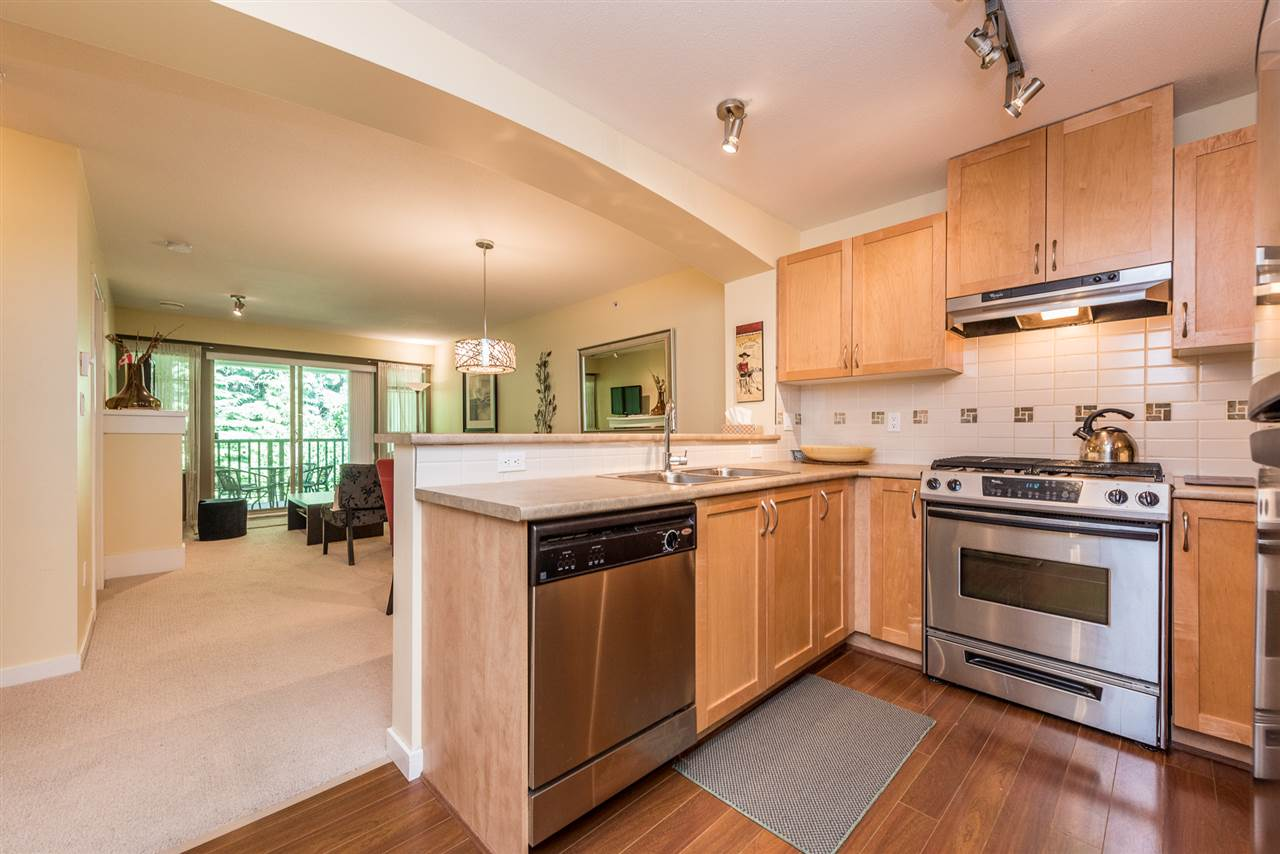 "Photo 2: 508 2959 SILVER SPRINGS BLV Boulevard in Coquitlam: Westwood Plateau Condo for sale in ""TANTALUS"" : MLS® # R2185390"