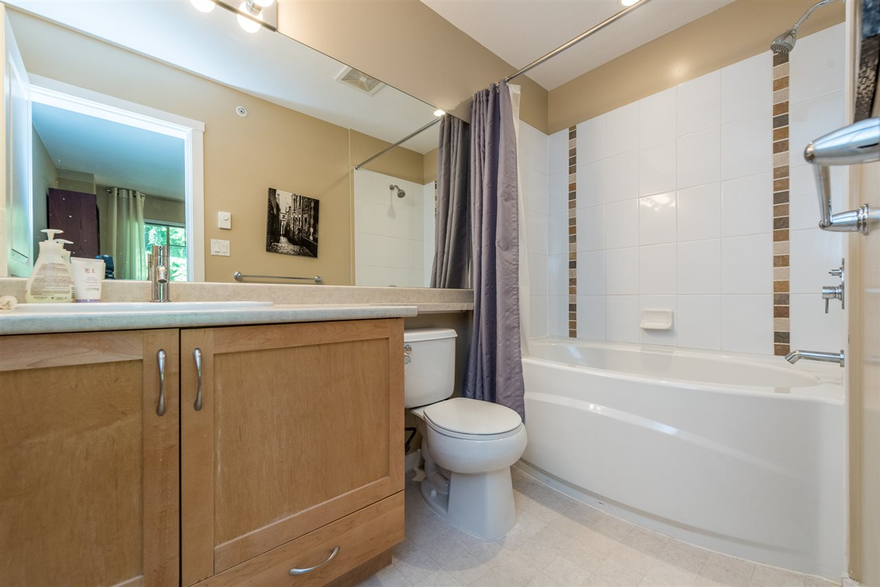 "Photo 12: 508 2959 SILVER SPRINGS BLV Boulevard in Coquitlam: Westwood Plateau Condo for sale in ""TANTALUS"" : MLS® # R2185390"