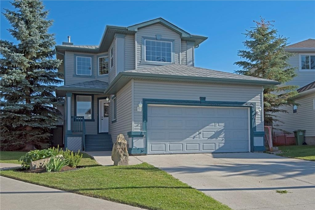 Main Photo: 731 SHEEP RIVER Court: Okotoks House for sale : MLS® # C4130355