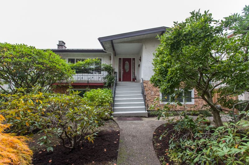 Main Photo: 6345 ROSS Street in Vancouver: Knight House for sale (Vancouver East)  : MLS® # R2214483