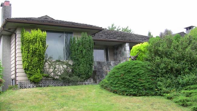 Main Photo: 6311 Cambie St in Vancouver: House 1/2 Duplex for sale
