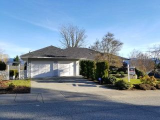 Main Photo: 2078 SANDSTONE Drive in Abbotsford: Abbotsford East House for sale : MLS® # R2231862