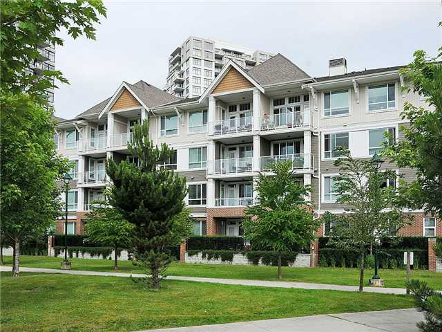 "Main Photo: 102 3551 FOSTER Avenue in Vancouver: Collingwood VE Condo for sale in ""FINALE"" (Vancouver East)  : MLS® # V901635"