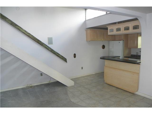 Photo 12: OCEAN BEACH House for sale : 2 bedrooms : 5049 Point Loma in San Diego