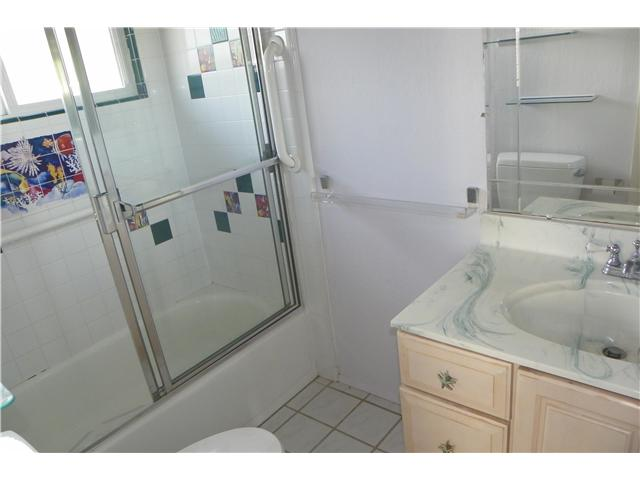 Photo 17: OCEAN BEACH House for sale : 2 bedrooms : 5049 Point Loma in San Diego
