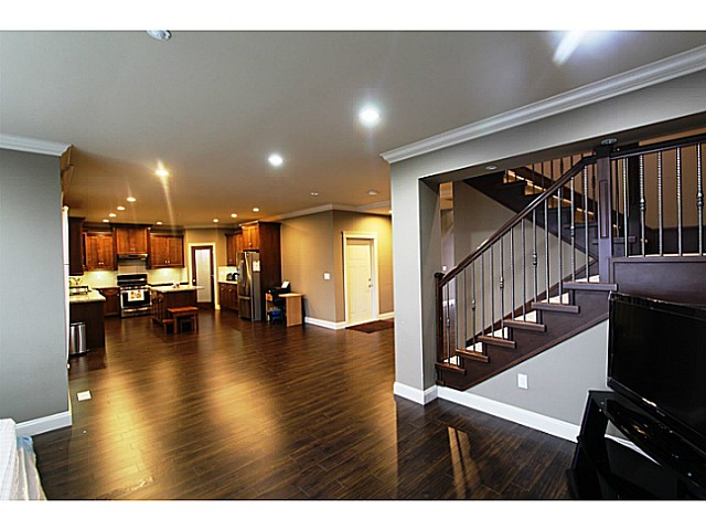 Photo 7: 35532 ZANATTA Landing in Abbotsford: Abbotsford East House for sale : MLS® # F1427296