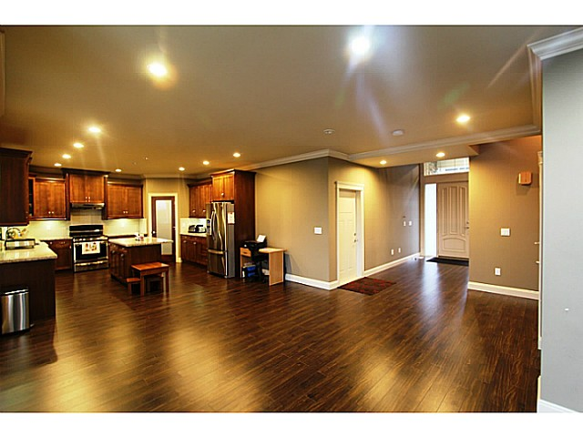 Photo 3: 35532 ZANATTA Landing in Abbotsford: Abbotsford East House for sale : MLS® # F1427296
