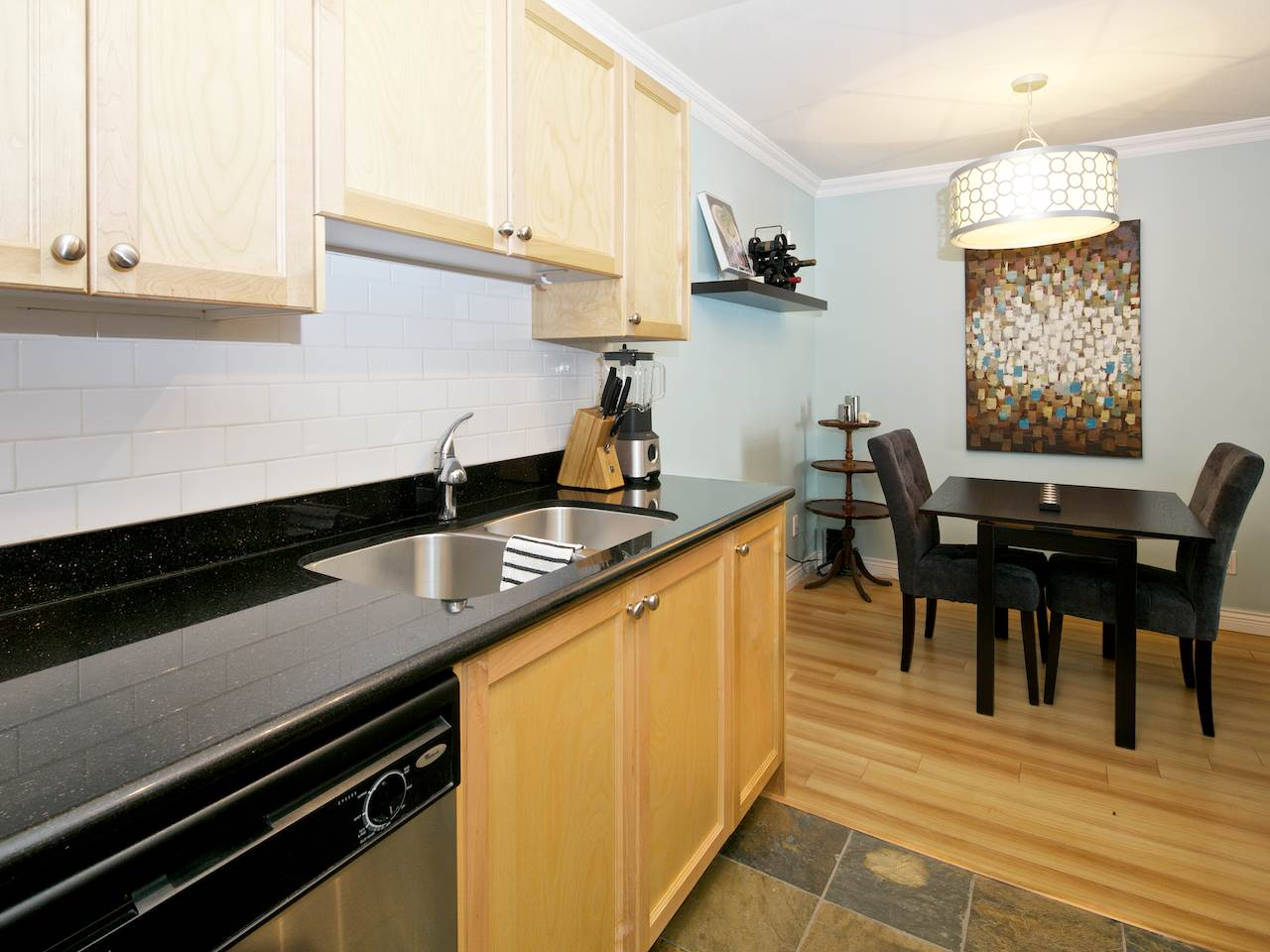 "Photo 4: 311 1550 BARCLAY Street in Vancouver: West End VW Condo for sale in ""The Barclay"" (Vancouver West)  : MLS(r) # R2039737"