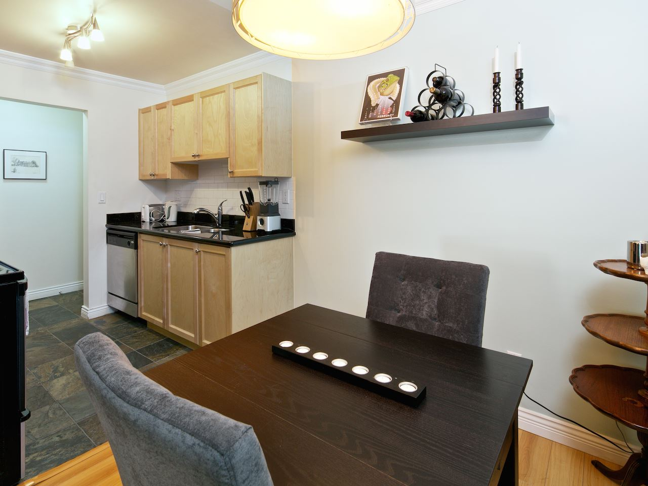 "Photo 6: 311 1550 BARCLAY Street in Vancouver: West End VW Condo for sale in ""The Barclay"" (Vancouver West)  : MLS(r) # R2039737"