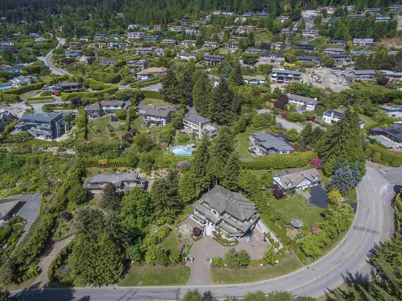 Photo 17: 1080 EYREMOUNT Drive in West Vancouver: British Properties House for sale : MLS® # R2070226