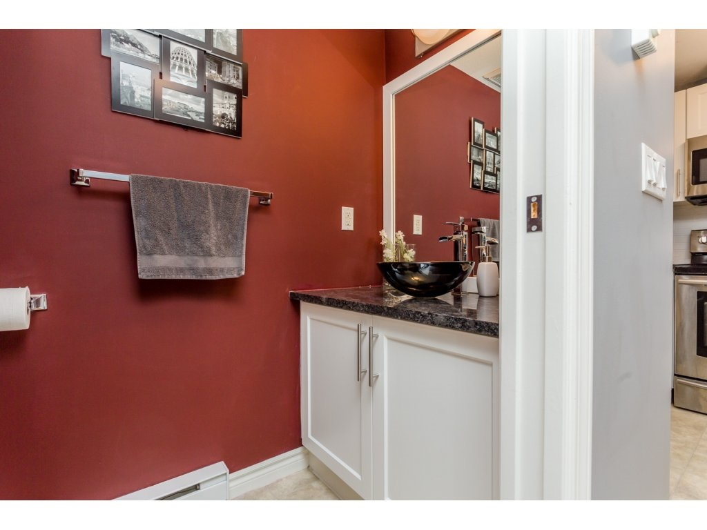 "Photo 13: 63 7488 SOUTHWYNDE Avenue in Burnaby: South Slope Townhouse for sale in ""LEDGESTONE 1"" (Burnaby South)  : MLS(r) # R2086598"