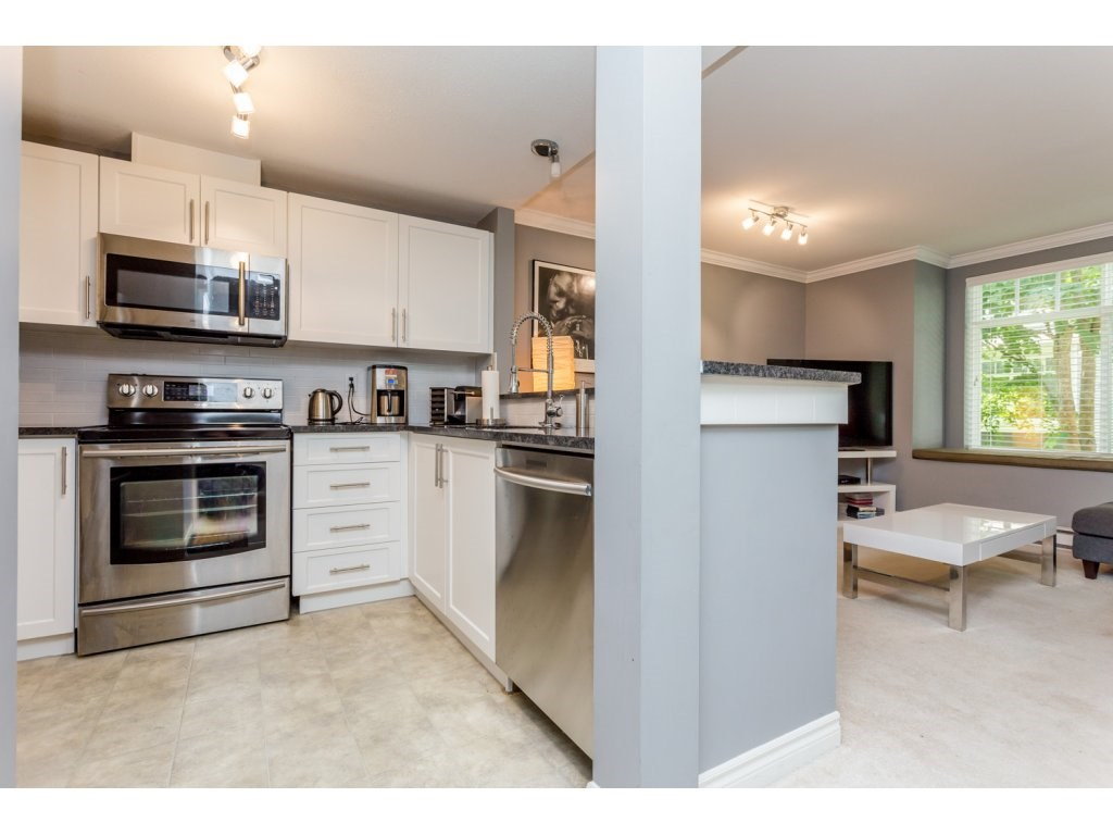"Photo 11: 63 7488 SOUTHWYNDE Avenue in Burnaby: South Slope Townhouse for sale in ""LEDGESTONE 1"" (Burnaby South)  : MLS(r) # R2086598"