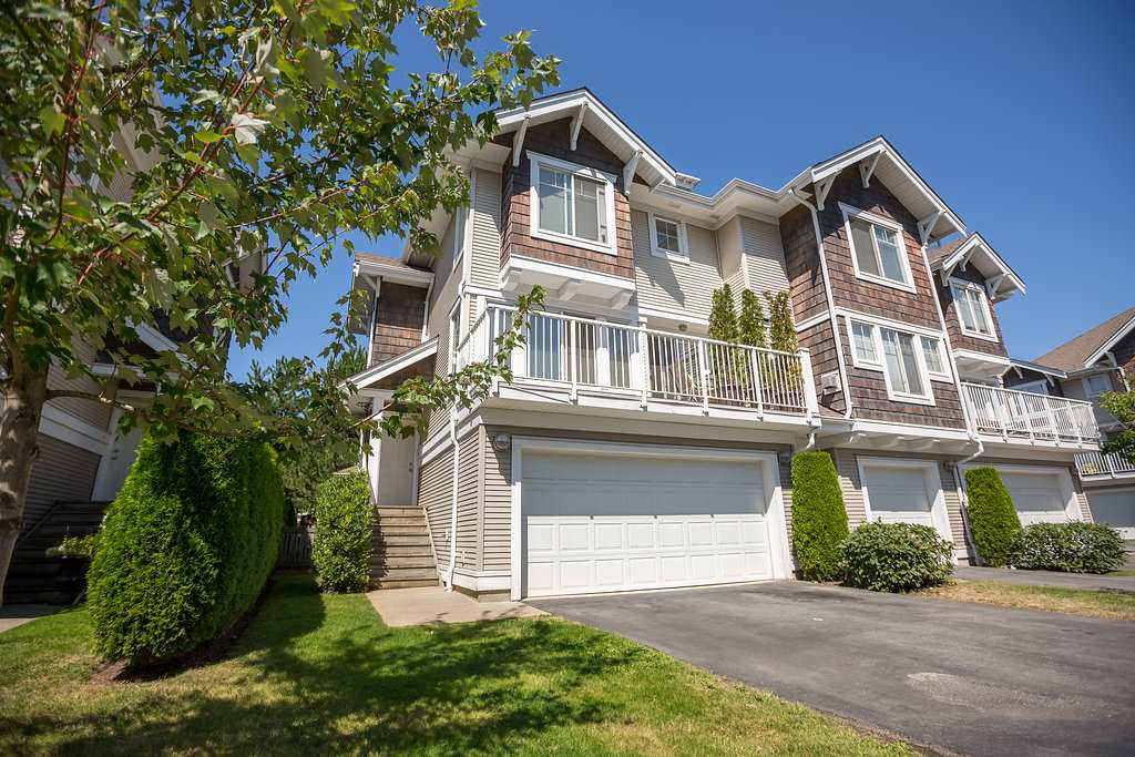 "Main Photo: 73 20760 DUNCAN Way in Langley: Langley City Townhouse for sale in ""WYNDHAM LANE"" : MLS®# R2101969"
