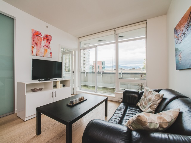 "Photo 5: 202 2550 SPRUCE Street in Vancouver: Fairview VW Condo for sale in ""SPRUCE"" (Vancouver West)  : MLS® # R2120443"