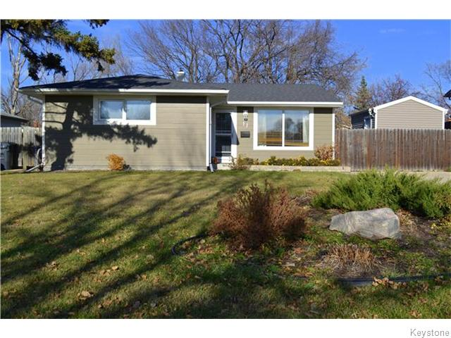 Main Photo: 11 Lismer Crescent in Winnipeg: Westdale Residential for sale (1H)  : MLS® # 1628615
