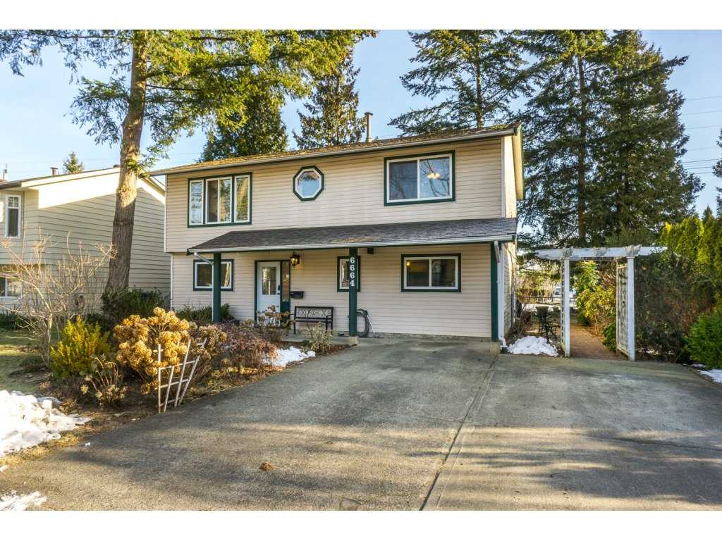Photo 1: 6664 141 Street in Surrey: East Newton House for sale : MLS(r) # R2132536