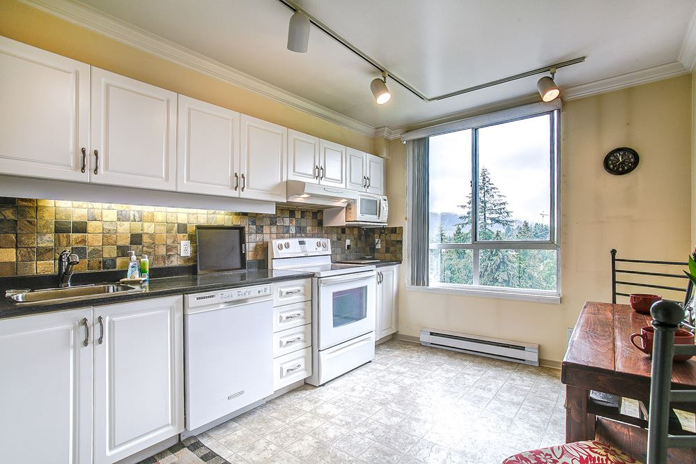 "Photo 5: 1402 551 AUSTIN Avenue in Coquitlam: Coquitlam West Condo for sale in ""BROOKMERE TOWERS"" : MLS(r) # R2150126"