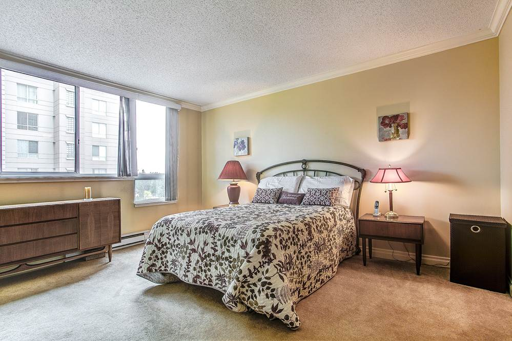 "Photo 10: 1402 551 AUSTIN Avenue in Coquitlam: Coquitlam West Condo for sale in ""BROOKMERE TOWERS"" : MLS(r) # R2150126"