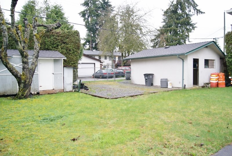 Photo 3: 9317 133A Street in Surrey: Queen Mary Park Surrey House for sale : MLS(r) # R2152812
