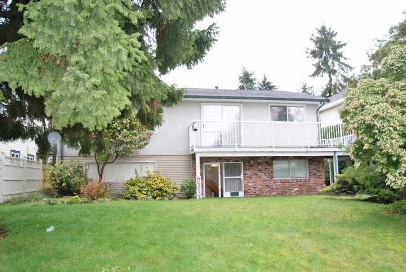Photo 2: 9317 133A Street in Surrey: Queen Mary Park Surrey House for sale : MLS(r) # R2152812