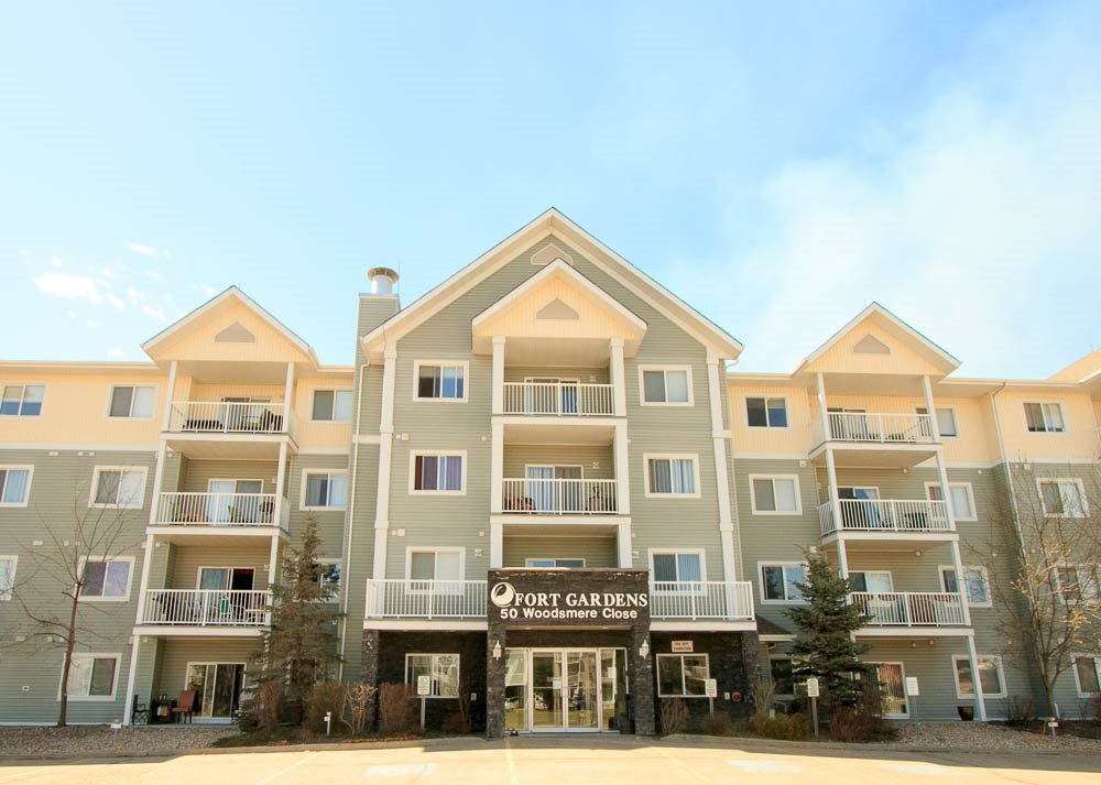 Main Photo: 133 50 WOODSMERE Close: Fort Saskatchewan Condo for sale : MLS® # E4062668