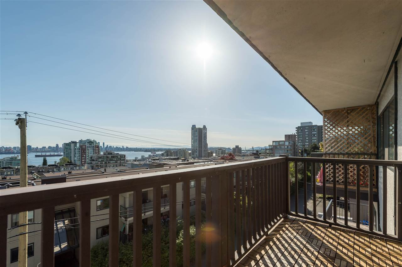 "Photo 13: 310 155 E 5TH Street in North Vancouver: Lower Lonsdale Condo for sale in ""Winchester Estates"" : MLS(r) # R2164860"