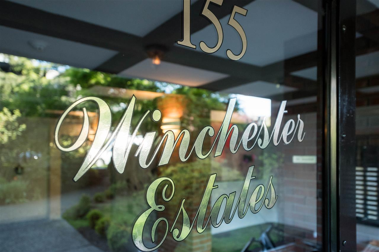 "Photo 3: 310 155 E 5TH Street in North Vancouver: Lower Lonsdale Condo for sale in ""Winchester Estates"" : MLS(r) # R2164860"