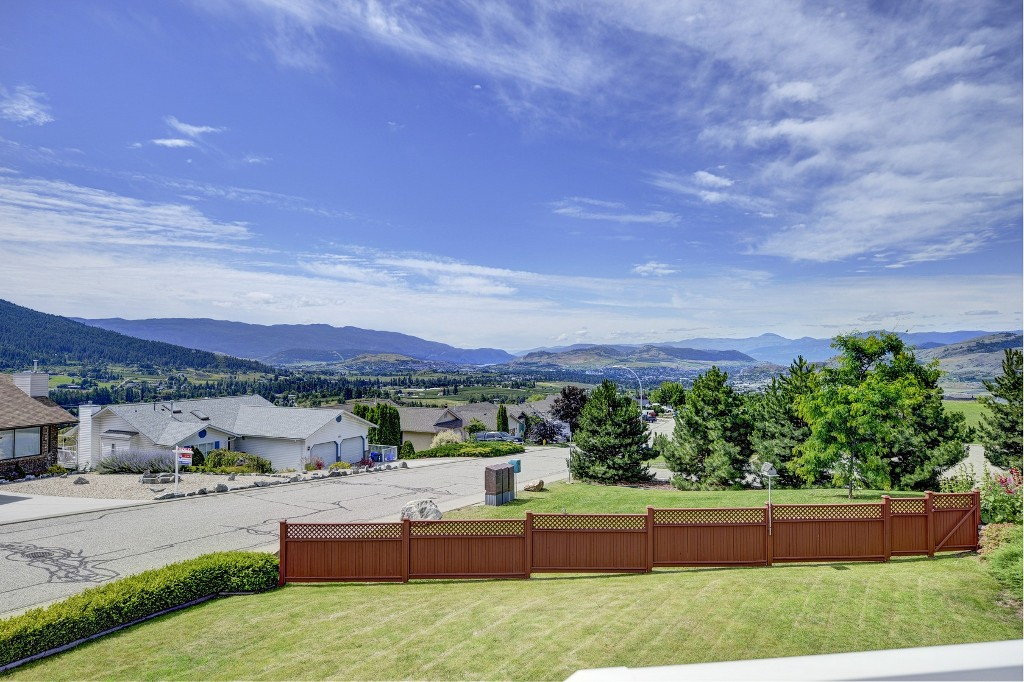 Photo 15: 101 Whistler Place in Vernon: Foothills House for sale (North Okanagan)