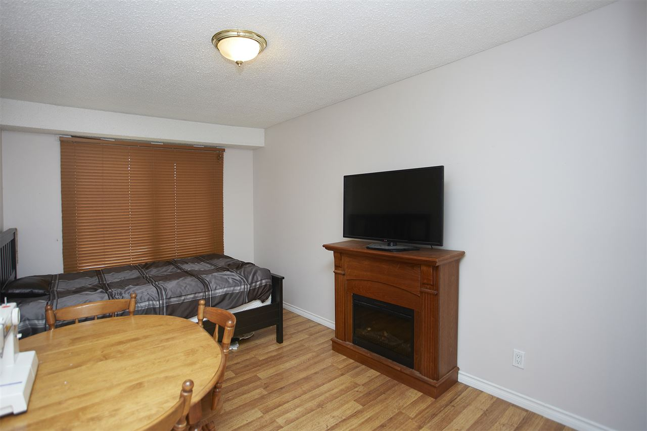 Photo 10: 50 AKINSDALE Gardens: St. Albert Townhouse for sale : MLS(r) # E4065717