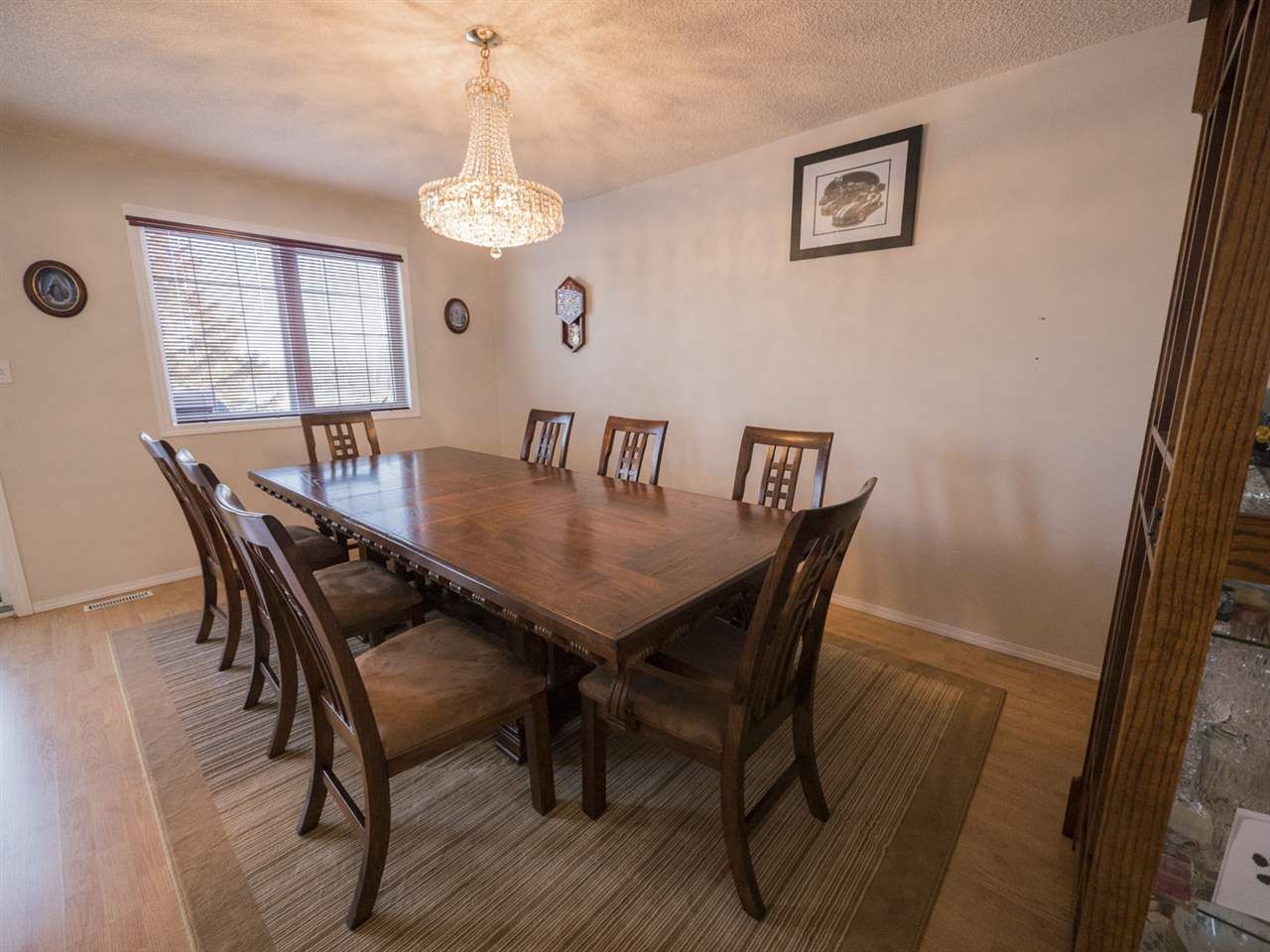 Plenty of space for intimate meals with family and friends.