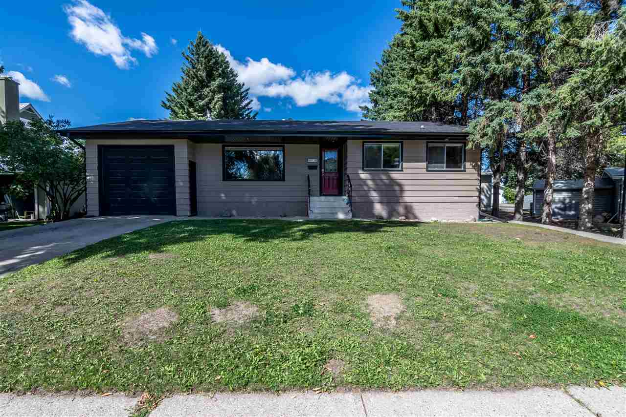 Main Photo: 4901B 54 Avenue: Stony Plain House for sale : MLS® # E4078940