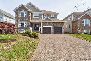 Main Photo: 432 Southgate Drive in Bedford: 20-Bedford Residential for sale (Halifax-Dartmouth)  : MLS®# 201722551