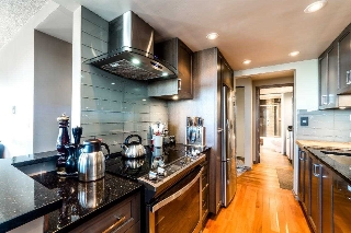 Main Photo: 1004 1515 EASTERN Avenue in North Vancouver: Central Lonsdale Condo for sale : MLS® # R2207779