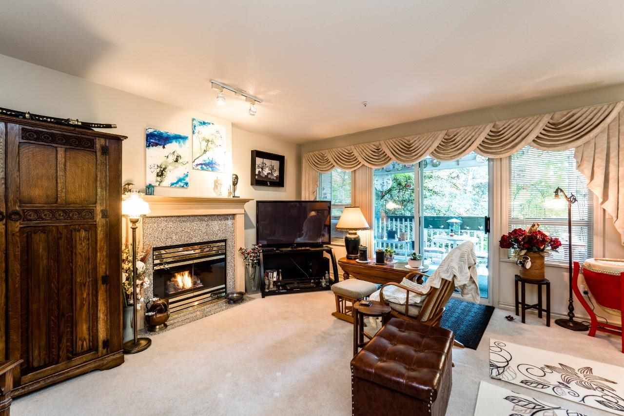 Photo 8: Photos: 204 1150 LYNN VALLEY Road in North Vancouver: Lynn Valley Condo for sale : MLS® # R2207989