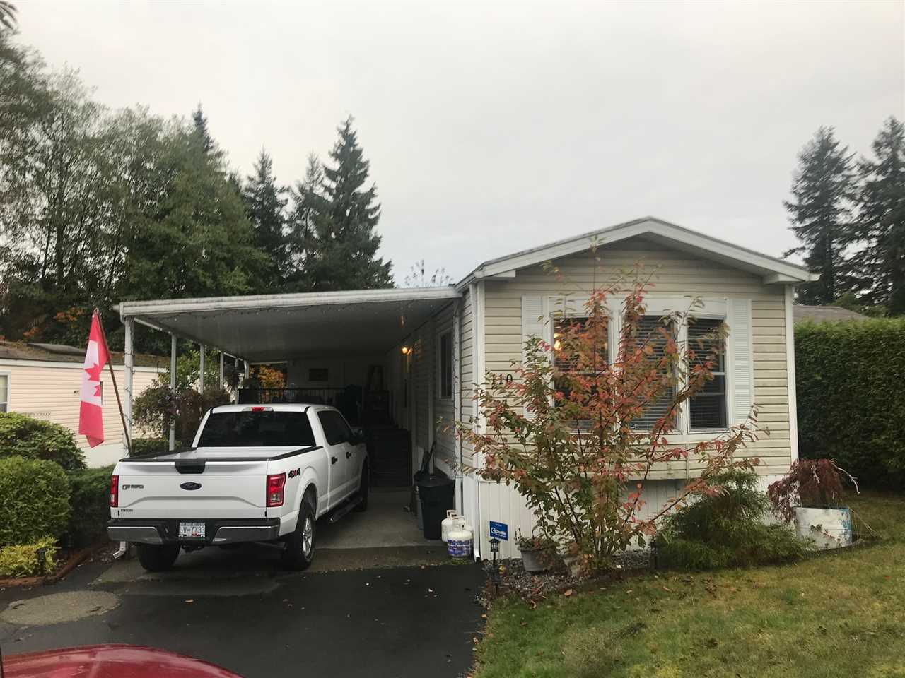 "Main Photo: 110 8560 156 Street in Surrey: Fleetwood Tynehead Manufactured Home for sale in ""Wrst Villa"" : MLS®# R2214886"