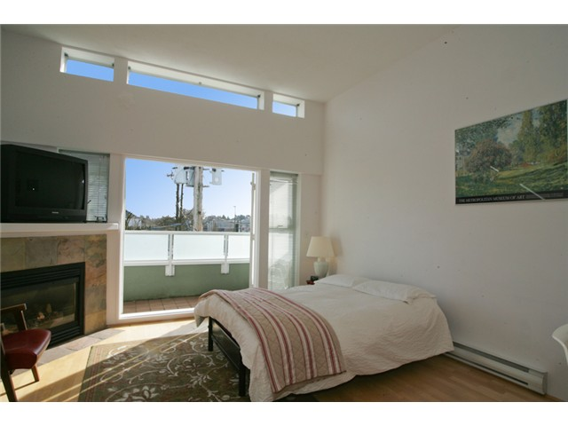 Photo 4: 307 980 W 22ND Avenue in Vancouver: Cambie Condo for sale (Vancouver West)  : MLS(r) # V909596