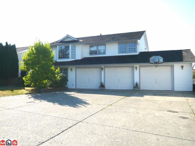FEATURED LISTING: 34660 Sandon Drive Abbotsford