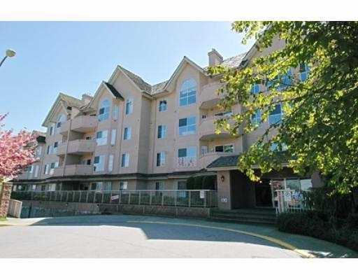 "Main Photo: 12464 191B Street in Pitt Meadows: Mid Meadows Condo for sale in ""Laseur Manor"" : MLS(r) # V606343"