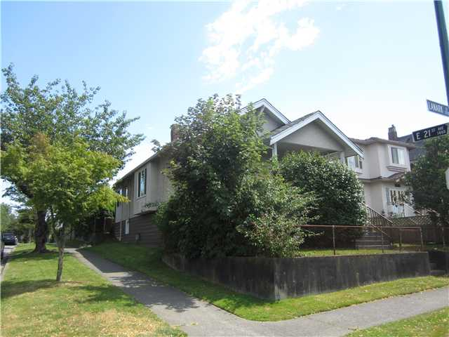 Main Photo: 3708 LANARK Street in Vancouver: Knight House for sale (Vancouver East)  : MLS® # V1113933