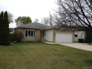 Main Photo: 114 Beechtree Crescent in WINNIPEG: St Vital Residential for sale (South East Winnipeg)  : MLS® # 1512269