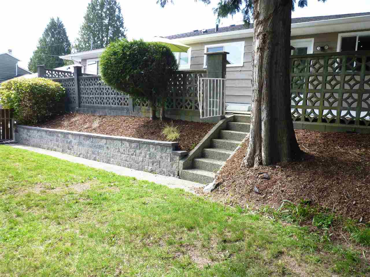 Photo 18: 434 BLAIR Avenue in New Westminster: Sapperton House for sale : MLS® # R2053593