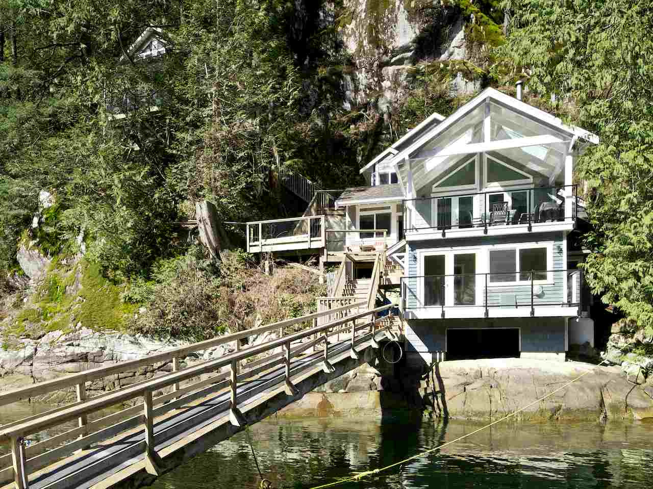 Main Photo: 824 INDIAN ARM in North Vancouver: Indian Arm House for sale : MLS(r) # R2083209