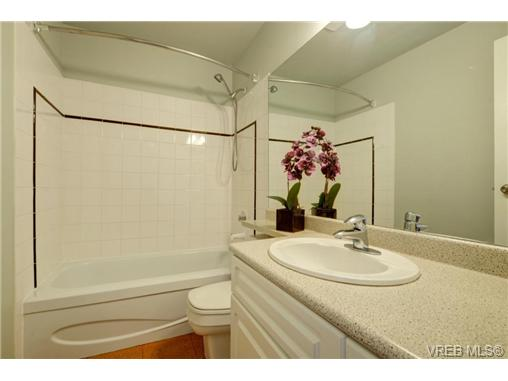 Photo 16: C 142 St. Lawrence Street in VICTORIA: Vi James Bay Townhouse for sale (Victoria)  : MLS® # 368037