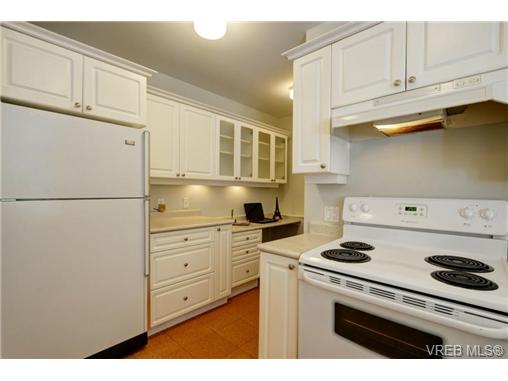 Photo 12: C 142 St. Lawrence Street in VICTORIA: Vi James Bay Townhouse for sale (Victoria)  : MLS® # 368037