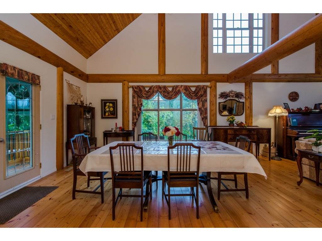 Photo 9: 857 MYNG Crescent: Harrison Hot Springs House for sale : MLS(r) # R2115824