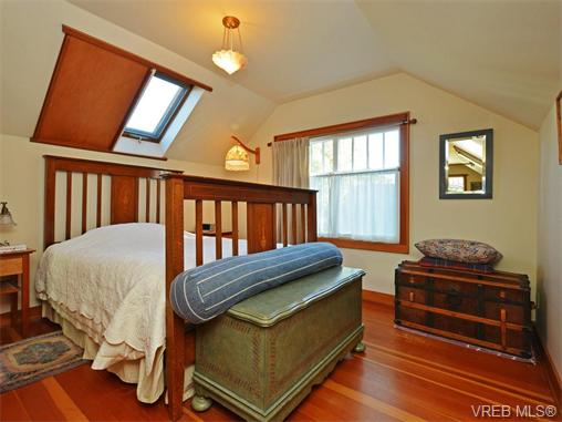 Photo 14: 1332 Carnsew Street in VICTORIA: Vi Fairfield West Single Family Detached for sale (Victoria)  : MLS(r) # 371093